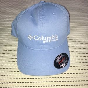 NEW Columbia Cap